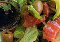 салат с семгой в соевом соусе