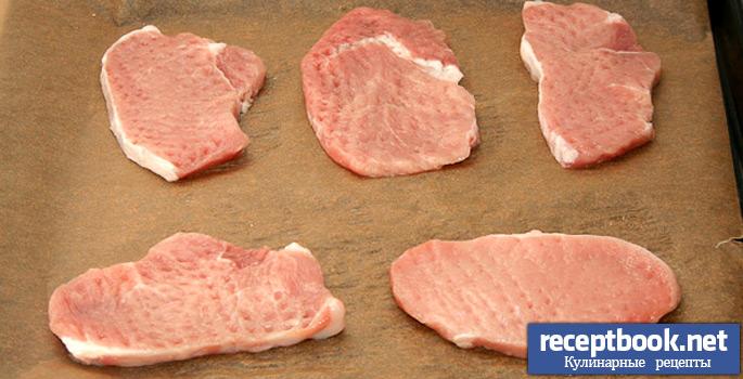 так отбиваем свинину | приготовление мяса по французски